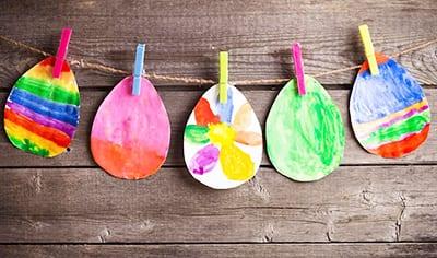 Гирлянда из цветных яичек
