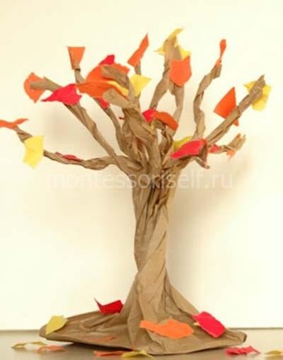 Приклеиваем листья