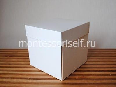 Стенки коробочки будут держаться крыжечкой