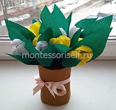 Букет тюльпанов из гофрированной бумаги на 8 марта
