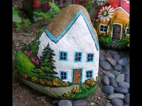 Поделки для дачи - домики из камней