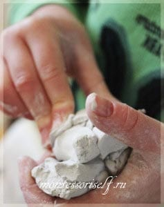 глину полезно мять в руках