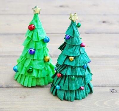 eb10 Новогодние елки из цветной бумаги своими руками: 10 идей поделок к Новому году