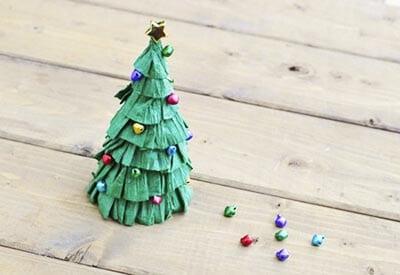 eb2 Новогодние елки из цветной бумаги своими руками: 10 идей поделок к Новому году