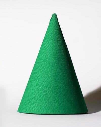 eb21 Новогодние елки из цветной бумаги своими руками: 10 идей поделок к Новому году
