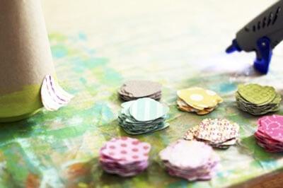 eb36 Новогодние елки из цветной бумаги своими руками: 10 идей поделок к Новому году