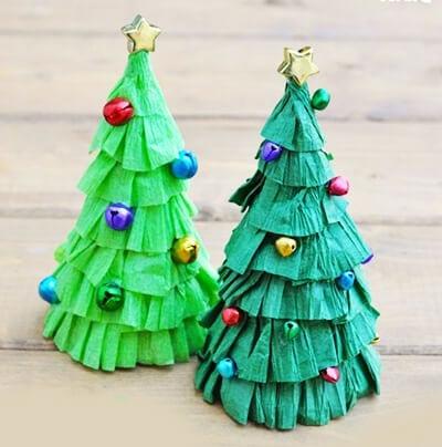 eb9 Новогодние елки из цветной бумаги своими руками: 10 идей поделок к Новому году