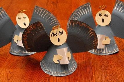 Рождественский ангел из одноразовой тарелки 2