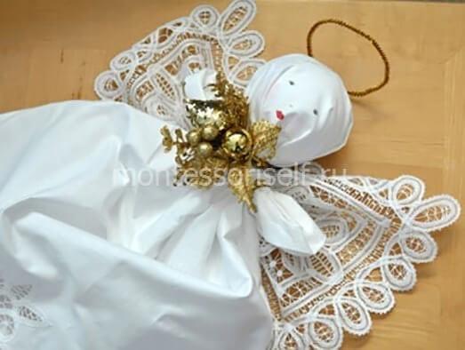 Ангел из ткани и кружева
