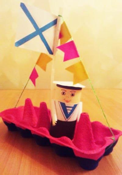 Моряк на корабле
