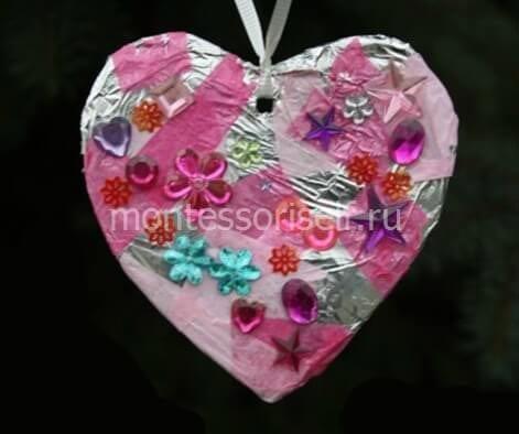 Сердечко из фольги на день святого Валентина