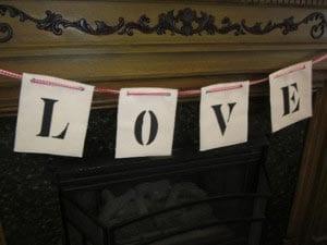 Буквы на подвеске