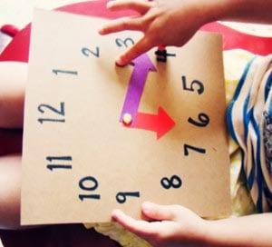 Часы из картона готовы