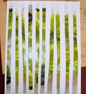 Наклеили полоски на лист бумаги