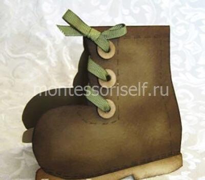 Армейский ботинок из картона