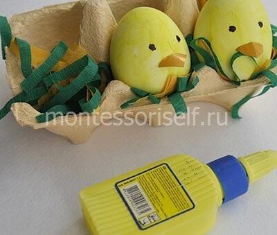 kur4 Пасхальная корзинка с зайцами своими руками