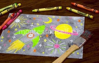 """Рисунок """"Космос"""" мелками и красками"""