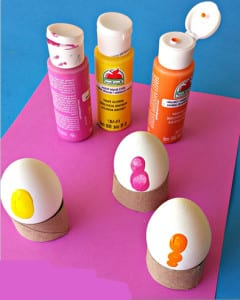 Рисуем красками на яичках