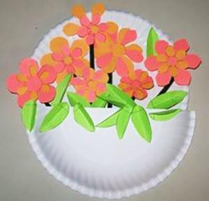 Коринка с цветами