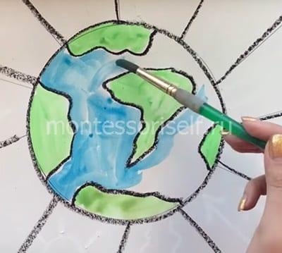 Раскрашиваем материки и океаны
