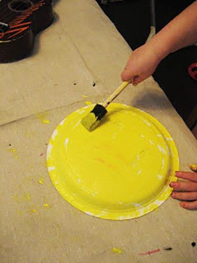 Раскрашиваем тарелку