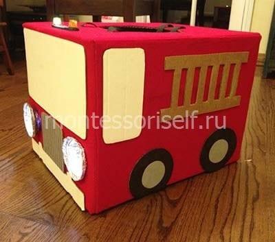 Пожарная машина из большой коробки