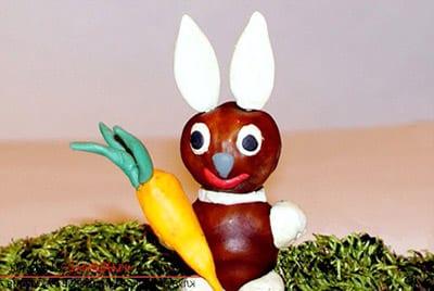 Осенний зайчик с морковкой