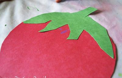 Клубничка из бумаги 2