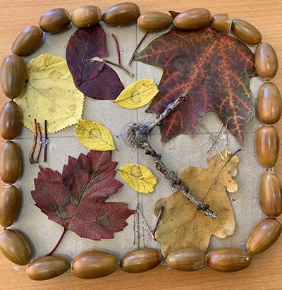 Осенние часики из природных материалов