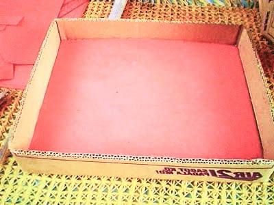 Обклеиваем коробку