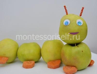 Осенняя поделка гусеница из яблок