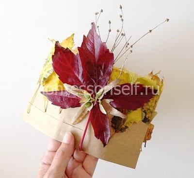 Осенняя корона из бумаги и листьев
