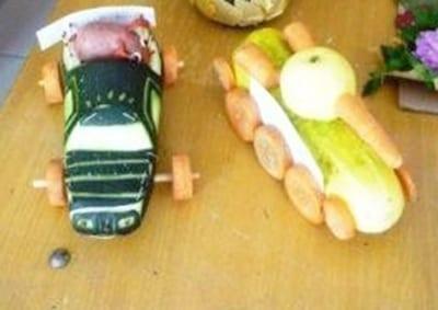 Танк и гоночная машинка из огурца и кабачка