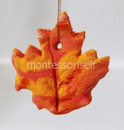 Кленовый лист из соленого теста