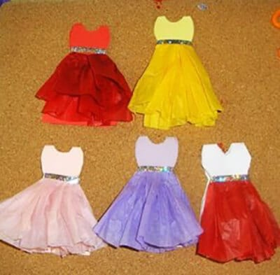 Dresses made of paper for mom