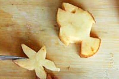 Рыбка и звездочка из картошки