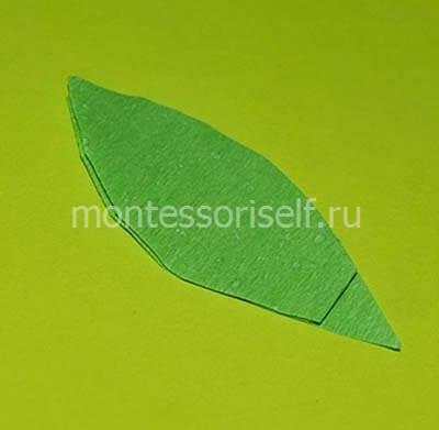 Листочки из зеленой бумаги