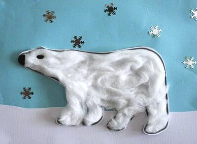 Белый медведь из ваты