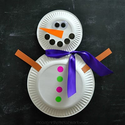 Snowman from disposable plates