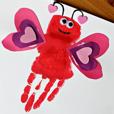 Рисунок бабочка из сердечек