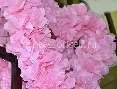 Приклеиваем все цветочки