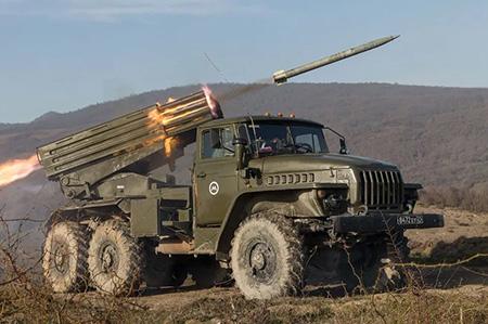 """Установка залпового огня BM-21 """"Град"""""""