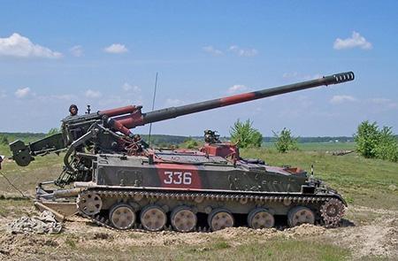 "армейская самоходная пушка ""Гиацинт"""