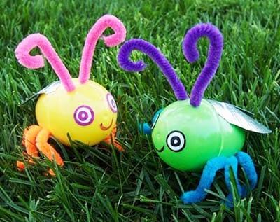Жучки из пластмассовых яиц