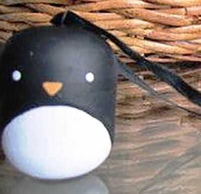 Пингвин из киндера