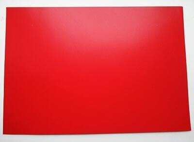 Лист плотного красного картона