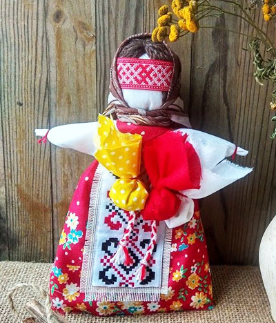 Куколка талисман из ткани