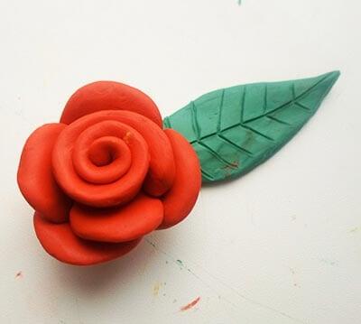 Цветок и листик