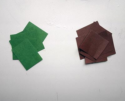 Нарезаем зеленую и коричневую бумагу