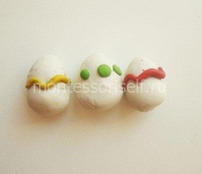 Пасхальные яички из пластилина